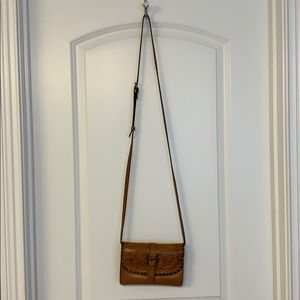 Like new Patricia Nash crossbody purse